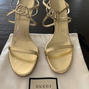 Gucci sandals gold color size 38 almost new